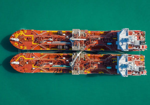 Avenir LNG announces the first bunkering of the Avenir Accolade by its sister ship the Avenir Advantage